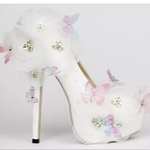 Shoes white pink purple butterfly heels pumps flower nwt poshmark shoes white pink purple butterfly heels pumps flower nwt mightylinksfo